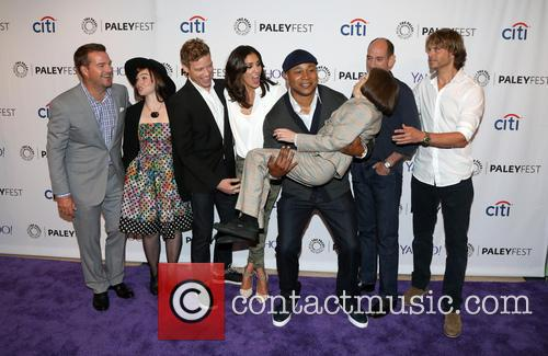 Chris O'donnell, Renée Felice Smith, Barrett Foa, Ll Cool J, Miguel Ferrer, Shane Brennan, Daniela Ruah, Eric Christian Olsen and Linda Hunt 9