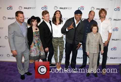 Chris O'donnell, Renée Felice Smith, Barrett Foa, Ll Cool J, Miguel Ferrer, Shane Brennan, Daniela Ruah, Eric Christian Olsen and Linda Hunt 1
