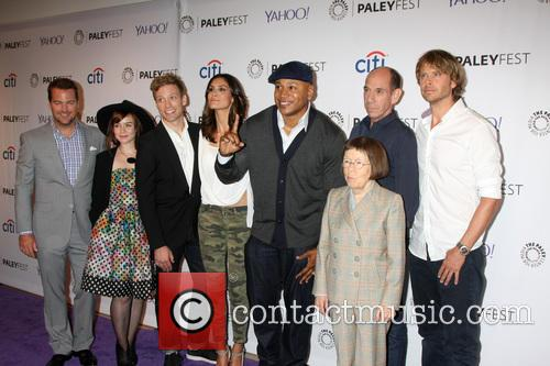Ncis La Cast, Chris O'donnell, Renee Felice Smith, Barrett Foa, Daniela Ruah, Ll Cool J, Miguel Ferrer, Linda Hunt and Eric Christian Olsen 4