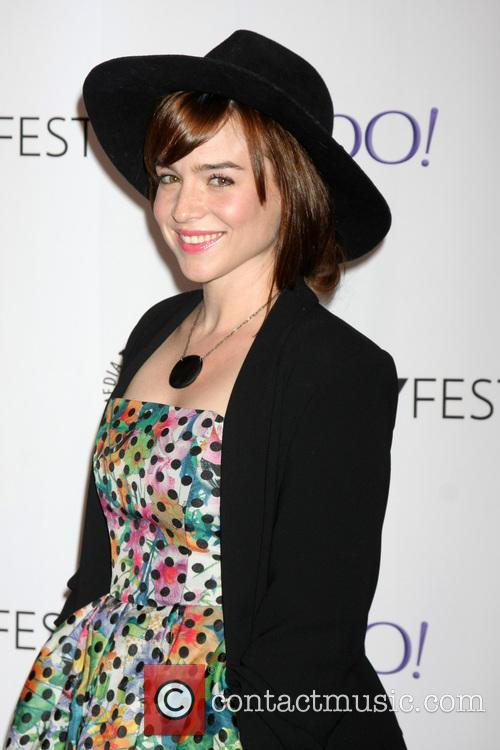 Renee Felice Smith 5
