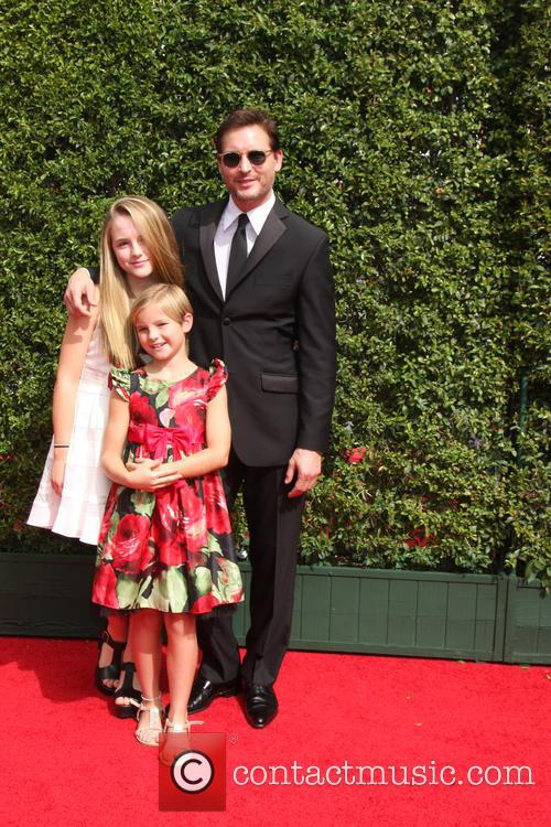 Peter Facinelli and Daughters 2