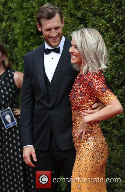Brooks Laich and Julianne Hough 6