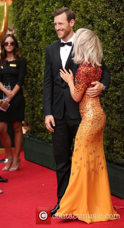 Brooks Laich and Julianne Hough 8