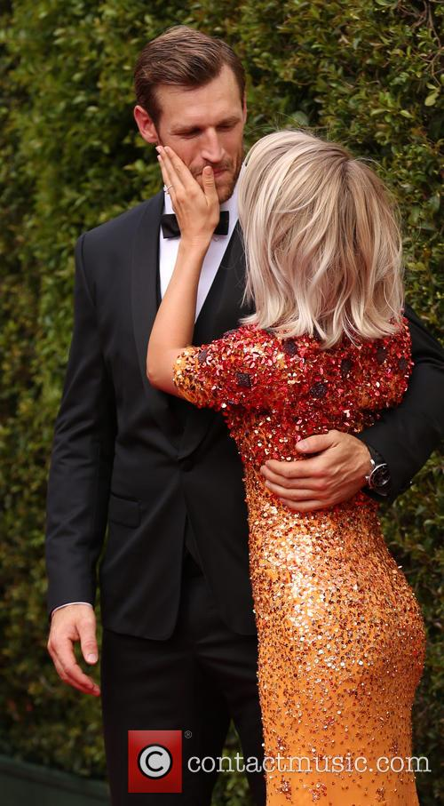 Brooks Laich and Julianne Hough 9