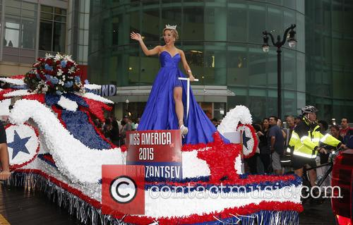 2016 Miss America Show Us Your Shoes Parade