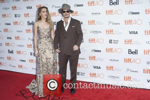 Amber Heard and Johnny Depp 9
