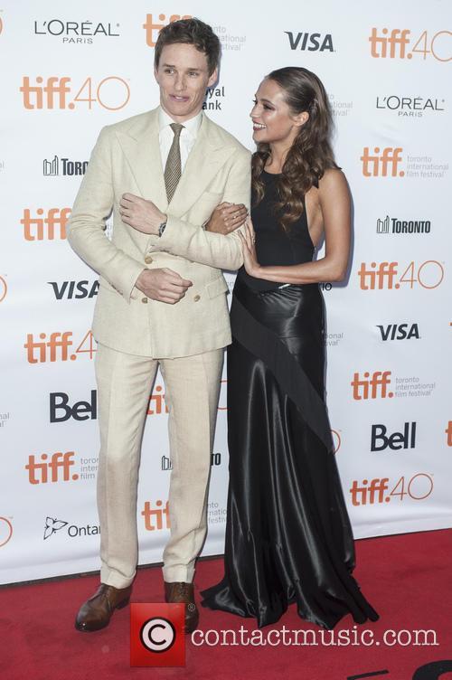 Eddie Redmayne and Alicia Vikander 2