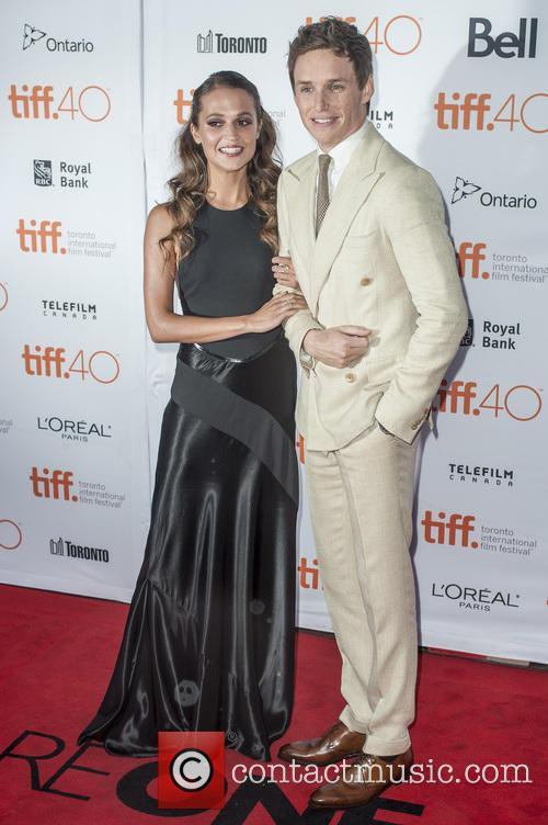 Eddie Redmayne and Alicia Vikander 3