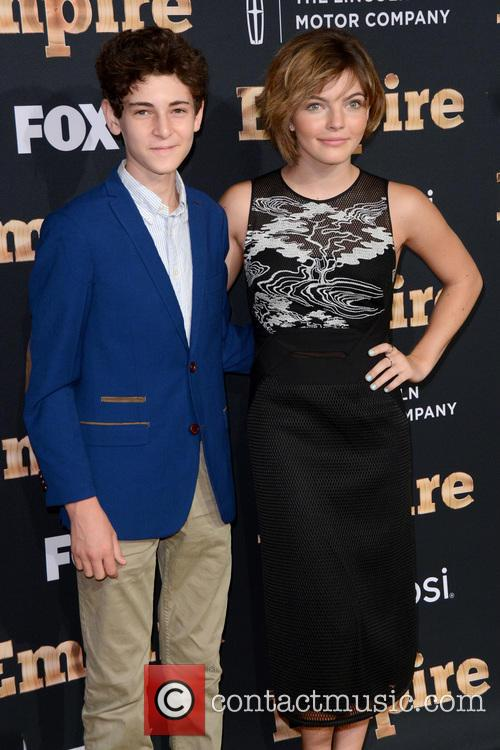 David Mazouz and Camren Bicondova 2
