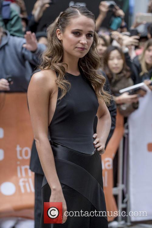 Alicia Vikander 11