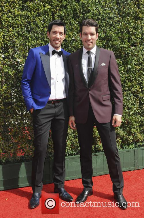 Jonathan Silver Scott and Drew Scott 2