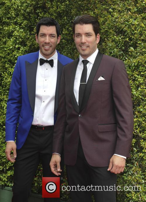Jonathan Silver Scott and Drew Scott 1