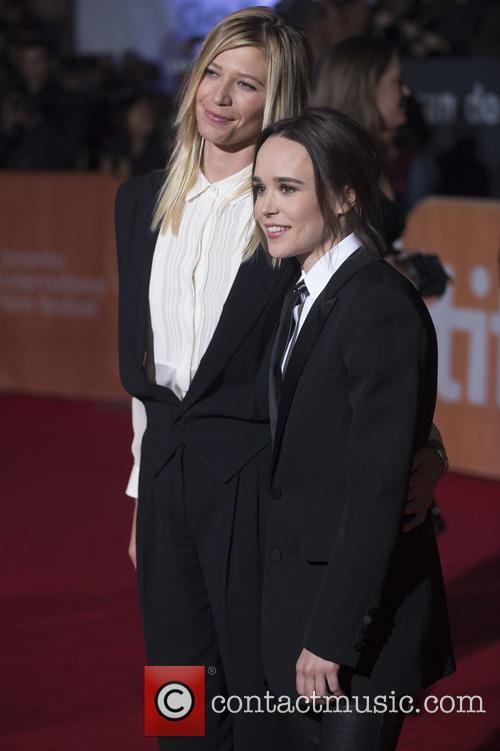 Ellen Page and Samantha Thomas 1