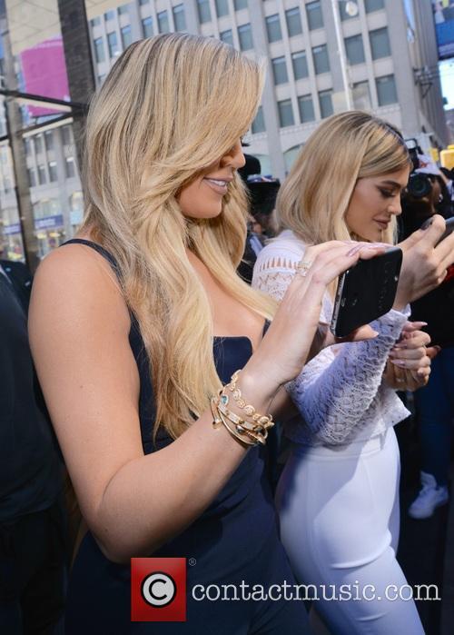 Khloe Kardashian and Kylie Jenner 5