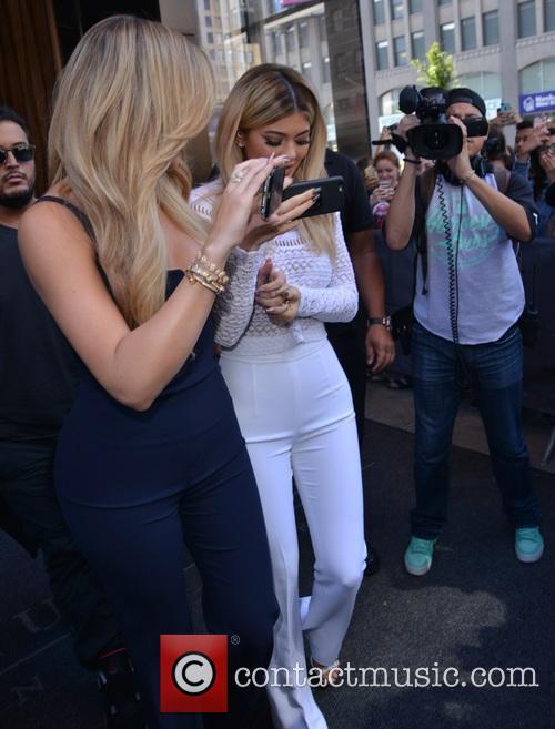 Khloe Kardashian and Kylie Jenner 8