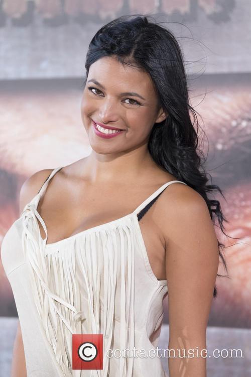 Elisa Mouliaa 6