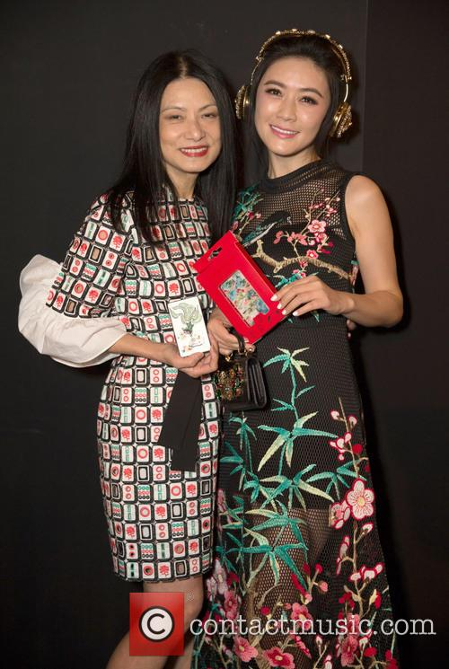 Vivienne Tam and Tian Hai Rong 1