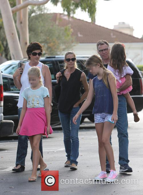 Denise Richards, Sam Sheen, Lola Rose Sheen and Eloise Joni Richards 3