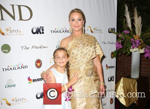 Emmy Perry and Elisabeth Röhm 3