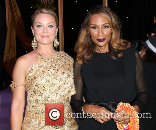 Elisabeth Röhm and Beverly Johnson 5