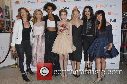 Rya Kihlstedt, Francesca Eastwood, Judith Shekoni, Gatlin Green, Danika Yarosh, Eve Harlow and Kiki Sukezane 1