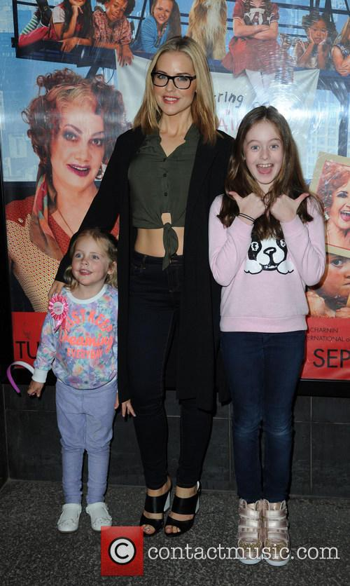 Stephanie Waring, Daughters Mia and Lexi 1