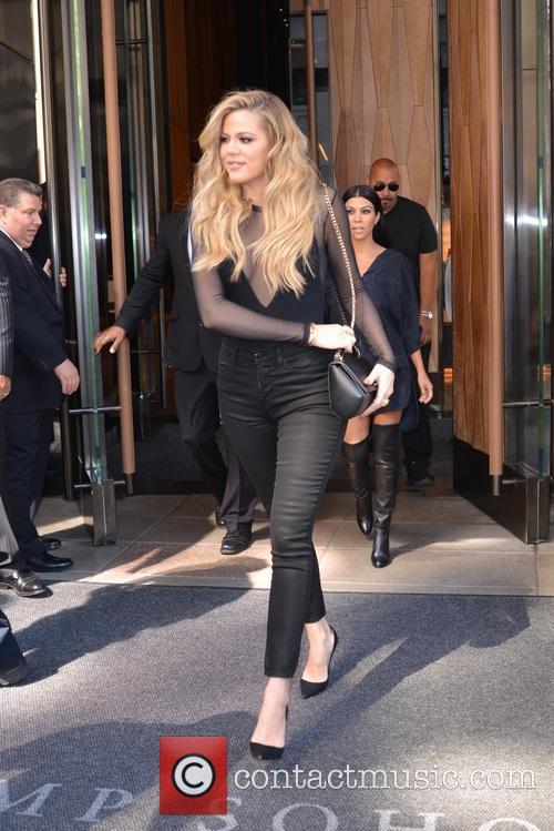Khloe Kardashian and Kourtney Kardashian 10
