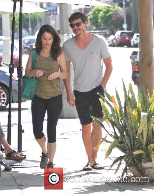 Pedro Pascal and Robin Tunney 2