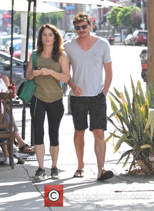 Pedro Pascal and Robin Tunney 6