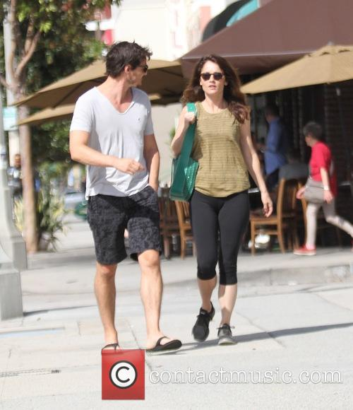 Pedro Pascal and Robin Tunney 10