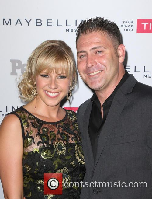 Jodie Sweetin and Guest 3