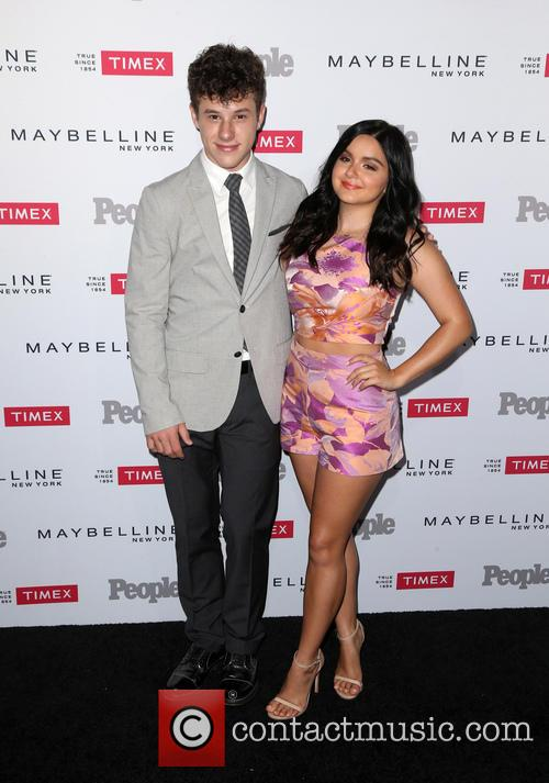 Nolan Gould and Ariel Winter 3