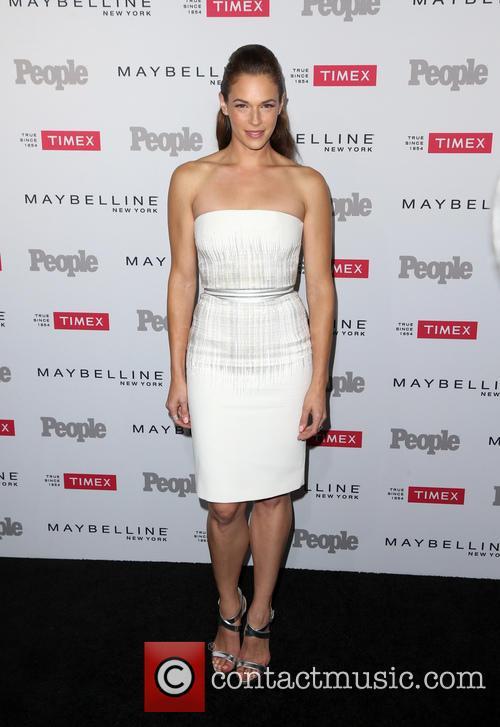 Amanda Righetti 6