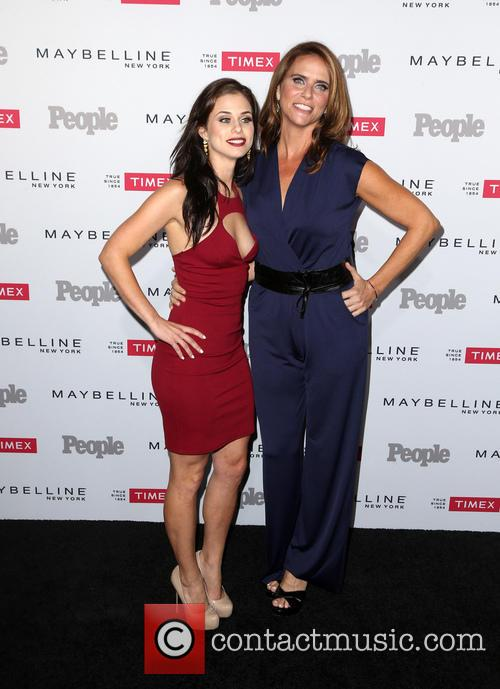 Kelsey Reinhardt and Amy Landecker 4