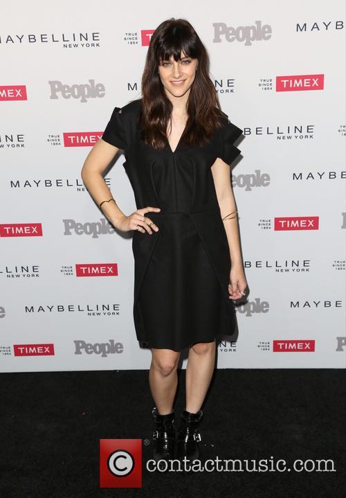 Aubrey Peeples 3
