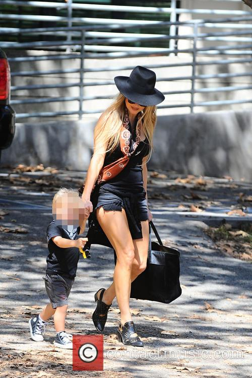 Fergie and Axl Jack Duhamel 8