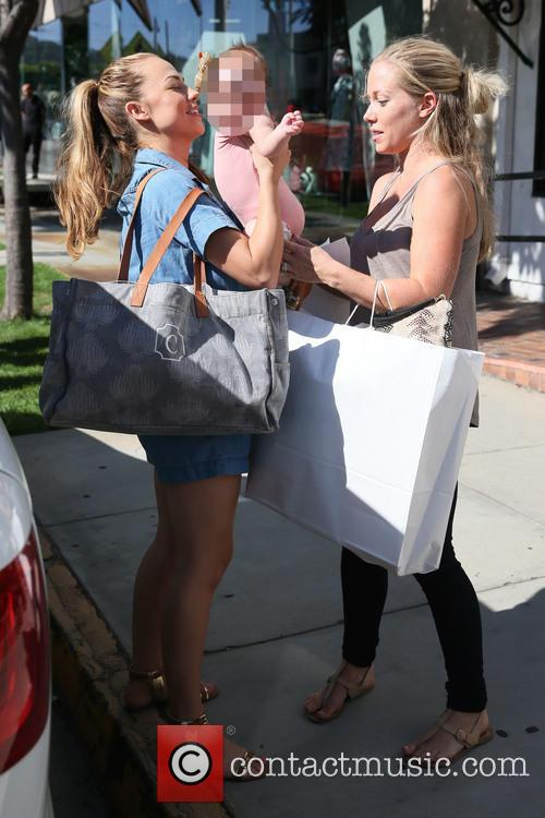 Kendra Wilkinson and Jessica Hall 9