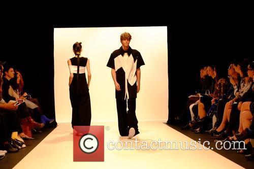 London Fashion Week SS16 - Haizhen Wang -...