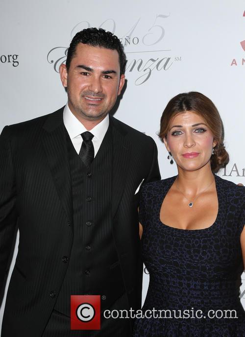 Adrian Gonzalez and Betsy Gonzalez 4