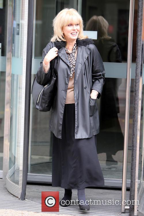 Joanna Lumley 8