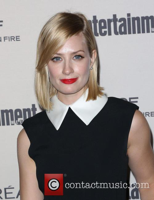 Beth Behrs 1