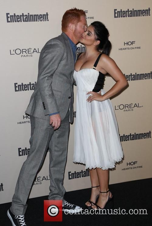 Jesse Tyler Ferguson and Ariel Winter 1