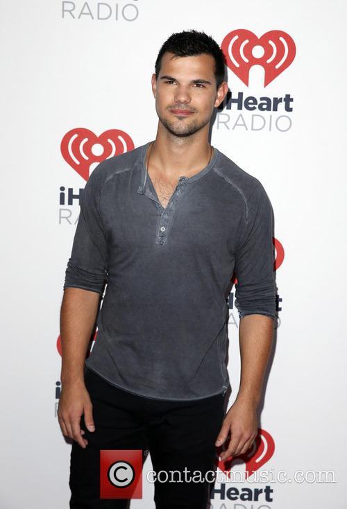 Taylor Lautner 5