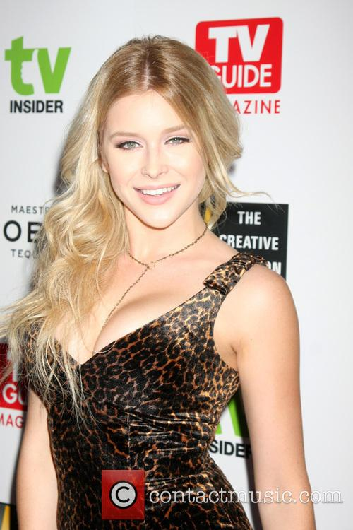 Renee Olstead 6