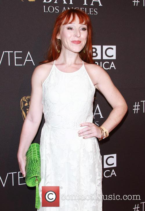 Ruth Connell 3