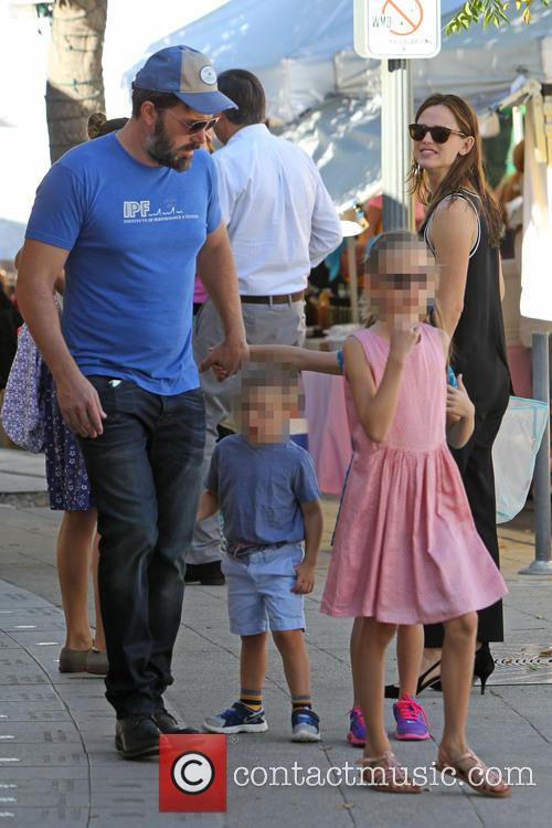 Ben Affleck, Jennifer Garner, Violet Affleck and Samuel Garner Affleck 1