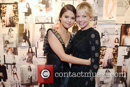 Selena Gomez and Michelle Williams 1