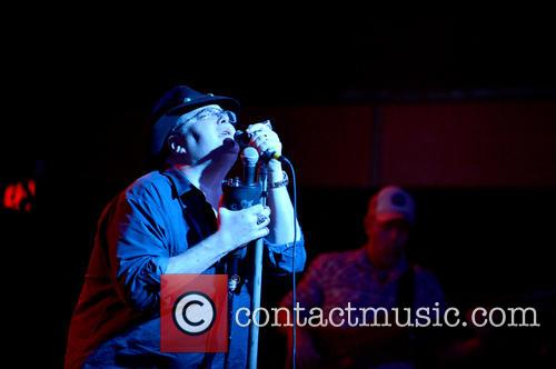 Blues Traveler and John Popper 6