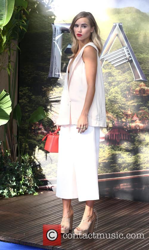 Suki Waterhouse 4