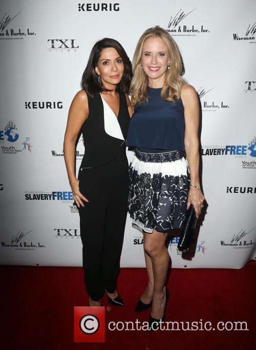Marisol Nichols and Kelly Preston 4